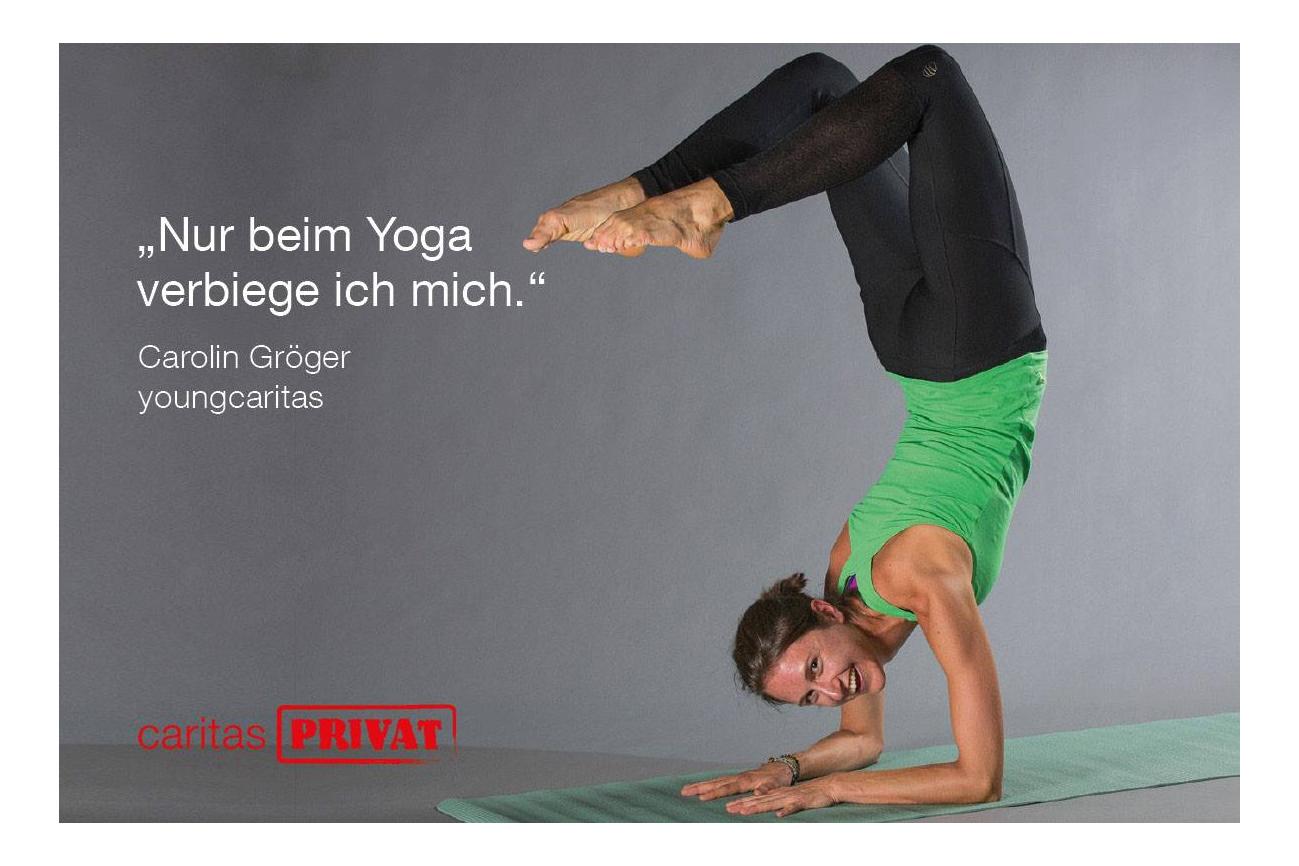 Caritas-Mitarbeiterin macht Yoga-Übung