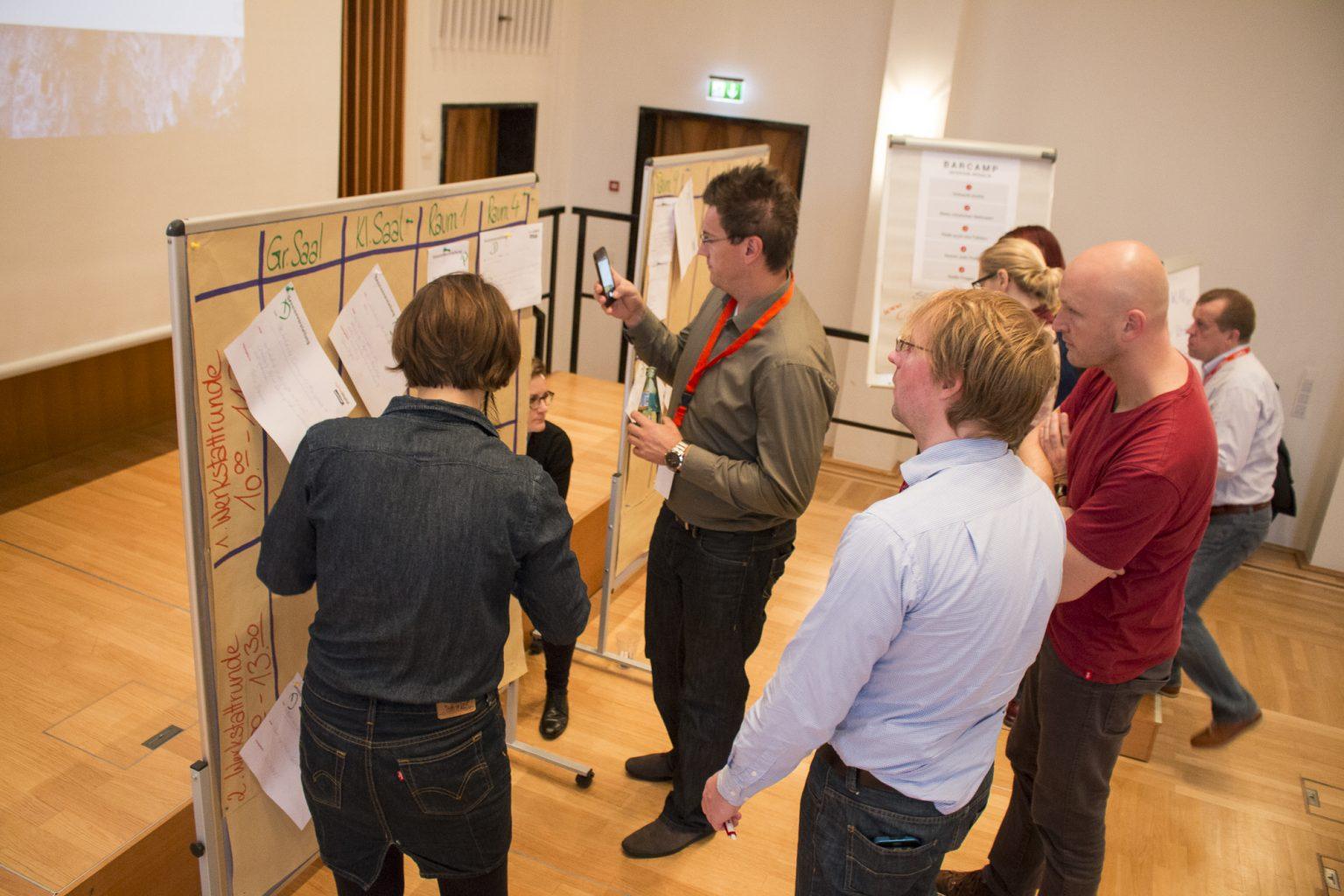 Barcamp-Planung bei der Digital-Werkstatt